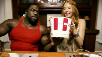 KFC Favorites Bucket TV Spot, 'Get Together' Song by The Youngbloods - Thumbnail 4