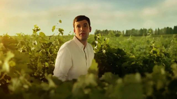 14 Hands Winery TV Spot, 'The Sound of Excitement' - Thumbnail 4