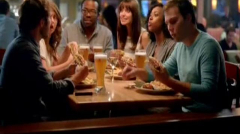 Applebee's 2 for $20 Menu: Quesadilla Burger TV Spot, 'Power of Unity' - Thumbnail 9