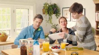 Nature's Path Pumpkin Flax Granola TV Spot, 'No Bowl' - Thumbnail 9