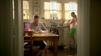 Kellogg's Raisin Bran TV Spot, 'Dave' Song by K.C. and the Sunshine Band - Thumbnail 5