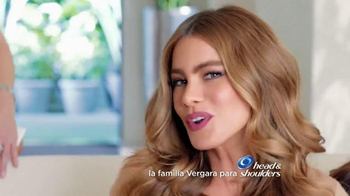Head & Shoulders TV Spot, 'La Familia Vergara' Con Sofia Vergara - Thumbnail 1