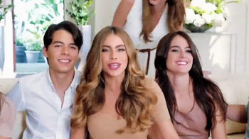 Head & Shoulders TV Spot, 'La Familia Vergara' Con Sofia Vergara - Thumbnail 3