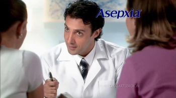 Asepxia Natural Matte Compact Powder TV Spot, 'Espejo' [Spanish] - 448 commercial airings