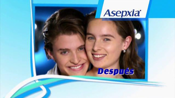 Asepxia Natural Matte Compact Powder TV Spot, 'Espejo' [Spanish] - Thumbnail 8