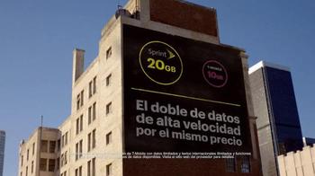 Sprint Family Share Pack TV Spot, 'Leaving T-Mobile' [Spanish] - Thumbnail 3