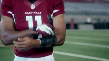 VISA Checkout TV Spot, 'One-Handed' Featuring Larry Fitzgerald, Drew Brees - Thumbnail 1