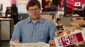 KFC $5 Fill Ups TV Spot, 'Long Sandwich' - Thumbnail 2