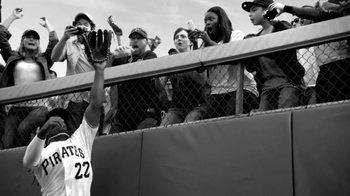 T-Mobile TV Spot, '#DataStrong Catch' Featuring Andrew McCutchen - Thumbnail 2