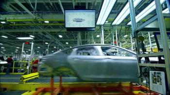 2015 Chrysler 200 TV Spot, 'Miggy at the Bat ' Featuring Miguel Cabrera - Thumbnail 6