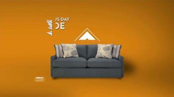 Ashley Furniture Homestore Fall Back Inside Sale TV Spot [Spanish] - Thumbnail 1