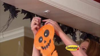 Command Damage-Free Hanging TV Spot, 'Halloween Decorating' - Thumbnail 3