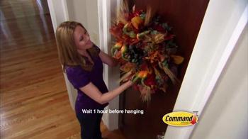 Command Damage-Free Hanging TV Spot, 'Halloween Decorating' - Thumbnail 5
