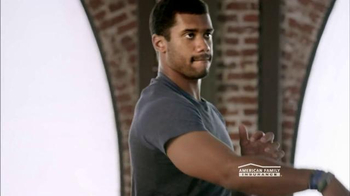 American Family Insurance TV Spot, 'Talent' Featuring Russell Wilson - Thumbnail 6