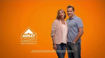 Ashley Furniture Homestore TV Spot, 'Humpty Dumpty' - Thumbnail 6