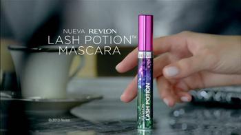 Revlon Lash Potion Mascara TV Spot Con Emma Stone [Spanish] - Thumbnail 2