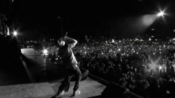 Budweiser TV Spot, 'Make Something' Featuring Jay-Z - Thumbnail 9