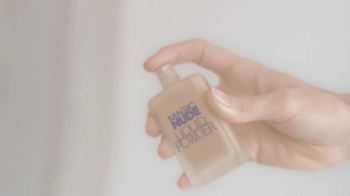 L'Oreal Magic Nude TV Spot Featuring Barbara Palvin - Thumbnail 4