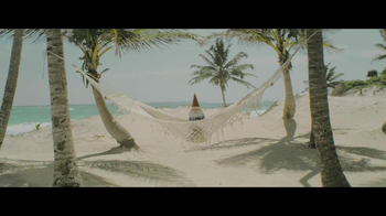 Travelocity Summer Sale TV Spot, 'Closer Than it Appears' - 2127 commercial airings