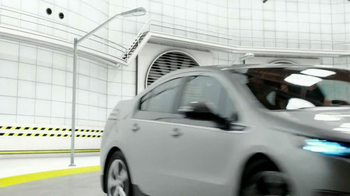 2013 Chevrolet Volt TV Spot, 'Backup Power' - Thumbnail 8