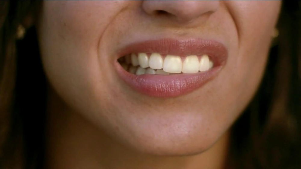 Crest 3D White Whitestrips TV Commercial, 'Coffee Stains'