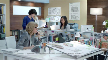 Priceline.com TV Spot, 'Girls Weekend' Featuring Kaley Cuoco - Thumbnail 1