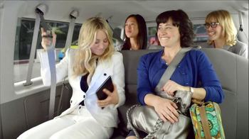 Priceline.com TV Spot, 'Girls Weekend' Featuring Kaley Cuoco - Thumbnail 6