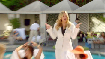 Priceline.com TV Spot, 'Girls Weekend' Featuring Kaley Cuoco - Thumbnail 9