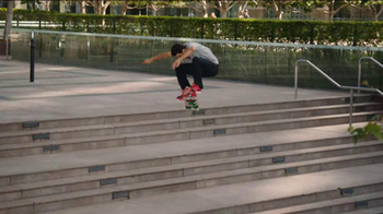 Nike SB Paul Rodriguez 7 TV Spot, 'Skate Safari: Sightings' - Thumbnail 7