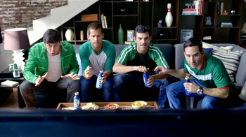 Miller Lite TV Spot, 'Copa Oro' [Spanish] - Thumbnail 2