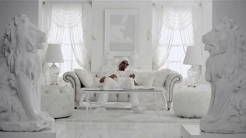 Overstock.com TV Spot, 'The Family' Featuring Snoop Dogg - Thumbnail 7