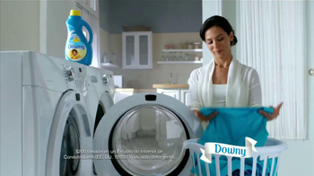 Ultra Downy TV Spot, 'Vestido Azul' [Spanish] - Thumbnail 1