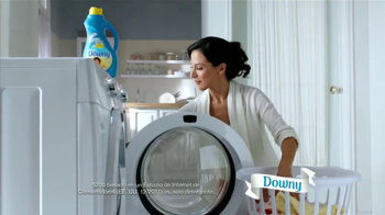 Ultra Downy TV Spot, 'Vestido Azul' [Spanish] - Thumbnail 2
