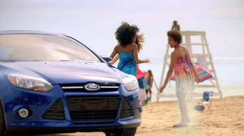 2013 Ford Focus TV Spot, 'Girl's Night Out' - Thumbnail 5