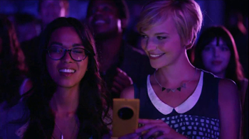 AT&T Nokia Lumina 1020 TV Spot, 'Concert' Song by The Colourist - Thumbnail 8