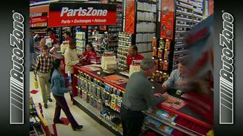 AutoZone Rewards TV Spot, 'La tarjeta AutoZone' [Spanish] - Thumbnail 3