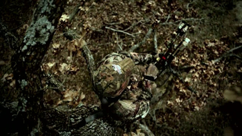 Mossy Oak Break-Up Infinity TV Spot 'Hunting' - Thumbnail 4