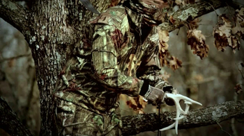 Mossy Oak Break-Up Infinity TV Spot 'Hunting' - Thumbnail 5