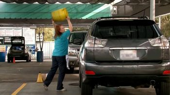 Cottonelle Cleansing Clothes TV Spot, 'Car Wash Without Water'