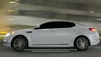 2013 Kia Optima LX TV Spot [Spanish]