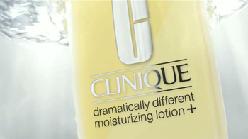 Clinique Dramatically Different Moisturizing Lotion + TV Spot [Spanish] - Thumbnail 2