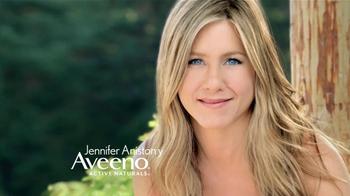 Aveeno Daily Moisturizing Lotion TV Spot, 'El secreto' Con Jennifer Aniston [Spanish] - Thumbnail 1