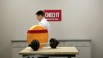 Cheez-It Big TV Spot 'Weights' - Thumbnail 9