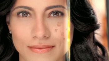 Garnier Skin Renew Dark Spot Corrector Clinical TV Spot [Spanish] - Thumbnail 4