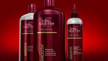 Vidal Sassoon Smooth TV Spot - Thumbnail 9