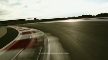 Dodge Dart TV Spot,'Como Triunfar Rompiendo Esquemas' Con Pitbull [Spanish] - Thumbnail 5