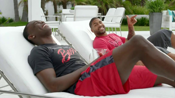 Foot Locker TV Spot, 'Not-Famous Andy ' Ft. Arian Foster and Julio Jones - Thumbnail 10