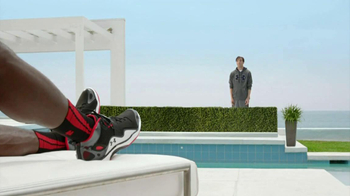 Foot Locker TV Spot, 'Not-Famous Andy ' Ft. Arian Foster and Julio Jones - Thumbnail 9