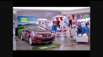 Macy's Honda Accord/Izod TV Spot - Thumbnail 3
