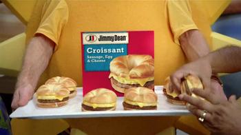 Jimmy Dean Croissant TV Spot, 'Solar System' - Thumbnail 7
